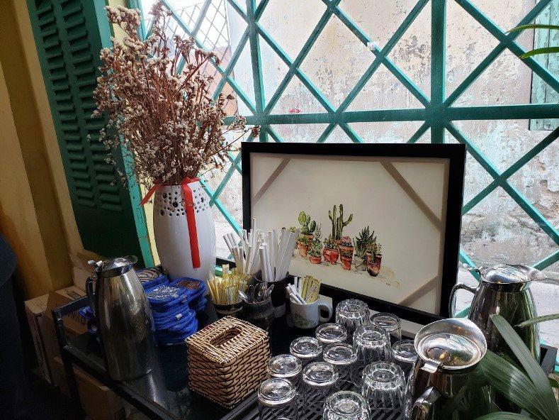 da-nang-chuyen-dan-ong-hut-nhua-sang-ong-hut-giay-1